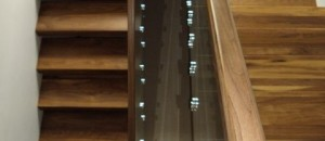 Glass stairs handrail options